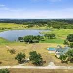 Private Lake Front House on 154 Acres MOL